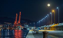 THEMENBILD - beleuchtete Verladekräne am Hafen bei Vollmond, aufgenommen am 15. August 2019 in Rijeka, Kroatien // illuminated loading cranes at the harbour at full moon in Rijeka, Croatia on 2019/08/15. EXPA Pictures © 2019, PhotoCredit: EXPA/ JFK