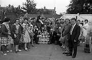 4/7/1964<br /> 7/4/1964<br /> 4 July 1964<br /> <br /> The Band and family after the Carling Presentation