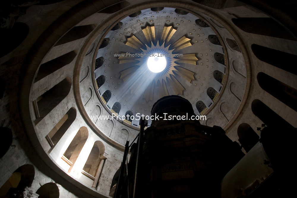 Israel, Jerusalem Old City, the Ceremony of the Holy Light at the Church of the Holy Sepulchre on Holy Saturday, Easter 2006