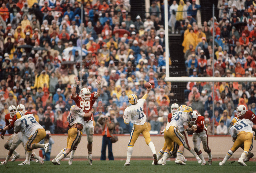 COLLEGE FOOTBALL:  Stanford vs Cal on November 21, 1981 at Stanford Stadium in Palo Alto, California.  J Torchio #11 at quarterback for Cal.  Photograph by David Madison.  www.davidmadison.com.