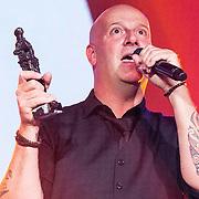 NLD/Amsterdam//20140331 - Uitreiking Edison Pop 2014, Blof, Pascal jacobs met hun Award
