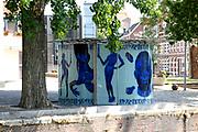 "Public Toilet ""a Star is Born"" this is of the four projects which are for the architecture event ""a Star Born"" that have been realised. Rem Koolhaas and photographer Erwin Olaf (1959) designed this toilet bldg.. The public toilet exists from a bowed partition of milk glass and rustfree stole roof. On the partition Olaf's compositie ""battle between the sexes"" have been introduced. The partition which swings around ladies - and lord toilet forms the yin - and yangteken.<br /> <br /> Toiletgebouw ""A Star is Born"" Dit is een van de vier projecten die voor de architectuurmanifestatie ""A Star is Born"" is gerealiseerd. Rem Koolhaas ontwierp samen met fotograaf Erwin Olaf (1959) een plein met dit toiletgebouw. <br /> Het openbaar toilet bestaat uit een gebogen wand van melkglas en een roesvast stalen dak. Op de wand is Olaf's compositie ""battle between the sexes"" aangebracht. De wand die slingert rond het dames- en herentoilet vormt het yin- en yangteken."