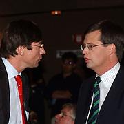 CDA verkiezingsbijeenkomst Hilversum, premier Jan Peter Balkenende in gesprek met Maxime Verhagen