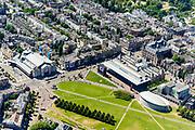 Nederland, Noord-Holland, Amsterdam, 29-06-2018; Amsterdam-Zuid, Museumkwartier. Met aan het Museumplein Concert Gebouw, Van Goghmuseum, Stedelijk Museum.  Van Baerlestraat.<br /> Museum quarter.<br /> View of the old town, w belt of canals.<br /> luchtfoto (toeslag op standard tarieven);<br /> aerial photo (additional fee required);<br /> copyright foto/photo Siebe Swart<br /> Museum quarter.<br /> View of the old town, w belt of canals.<br /> luchtfoto (toeslag op standard tarieven);<br /> aerial photo (additional fee required);<br /> copyright foto/photo Siebe Swart