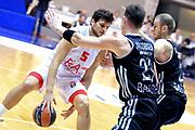 DESCRIZIONE : Paladesio Eurolega 2013-14 EA7 Emporio Armani Milano-Brose Baskets Bamberg<br /> GIOCATORE : Gentile Alessandro <br /> SQUADRA :  EA7 Emporio Armani Milano<br /> CATEGORIA : Palleggio<br /> EVENTO : Eurolega 2013-2014<br /> GARA :  EA7 Emporio Armani Milano-Brose Baskets Bamberg<br /> DATA : 13/12/2013<br /> SPORT : Pallacanestro<br /> AUTORE : Agenzia Ciamillo-Castoria/I.Mancini<br /> Galleria : Eurolega 2013-2014<br /> Fotonotizia : Milano Eurolega Eurolegue 2013-14  EA7 Emporio Armani Milano Brose Baskets Bamberg<br /> Predefinita :