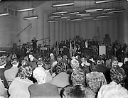 16/03/1960<br /> 03/16/1960<br /> 16 March 1960<br /> Radio Show for America in a association with Schaefer Beer, at Phoenix Hall Dublin.<br /> A general view of the concert.