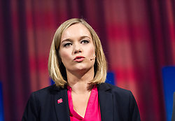 05.10.2015, Sofiensäle, Wien, AUT, ORF-Puls4 TV-Konfrontation, Elefantenrunde zur Wien-Wahl 2015, im Bild die Moderatorin Corinna Milborn (Puls4) // before Television confrontation beetwen Topcandidates for viennese state elcetion at Sofiensäle in Vienna, Austria on 2015/10/05, EXPA Pictures © 2015, PhotoCredit: EXPA/ Michael Gruber
