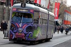 13.03.2012, Graz, AUT, Feature, im Bild eine Strassenbahn der GVB Linie 6 Richtung Laudongasse, EXPA Pictures © 2012, PhotoCredit: EXPA/ Erwin Scheriau
