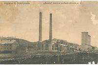 "Pozdrav iz Susedgrada : ""Croatia"" tvornica portland-cementa d.d. <br /> <br /> ImpresumZagreb : Svjetlotiskarski zavod R. Mosinger, [između 1908 i 1926].<br /> Materijalni opis1 razglednica : tisak ; 8,7 x 13,9 cm.<br /> NakladnikSvjetlotiskarski zavod R. Mosinger<br /> Mjesto izdavanjaZagreb<br /> Vrstavizualna građa • razglednice<br /> ZbirkaZbirka razglednica • Grafička zbirka NSK<br /> Formatimage/jpeg<br /> PredmetZagreb –– Podsused<br /> SignaturaRZG-PODSU-16<br /> Obuhvat(vremenski)20. stoljeće<br /> NapomenaRazglednica je putovala. • Tvornica cementa ""Croatia"" izgrađena je 1908. godine. • Razglednica je tiskana prema fotografiji A. Gomerčića.<br /> PravaJavno dobro<br /> Identifikatori000955036<br /> NBN.HRNBN: urn:nbn:hr:238:240360 <br /> <br /> Izvor: Digitalne zbirke Nacionalne i sveučilišne knjižnice u Zagrebu"