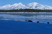 Mountain scenery, Mount Rendalssolen, and Lake Istern, blue sky, snow capped