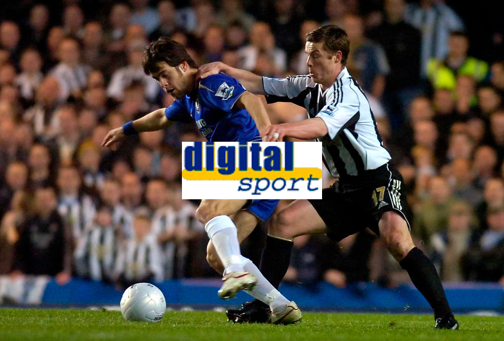 Photo: Alan Crowhurst.<br />Chelsea v Newcastle United. The FA Cup. 22/03/2006. Chelsea's Joe Cole (L) with Scott Parker.