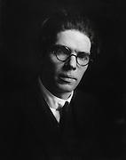 Archibald Montgomery Low, Professor, scientist & instructor, England, UK, 1913
