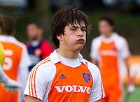 AERDENHOUT - 07-04-2012 - Ton van Mierlo , zaterdag na de wedstrijd tussen Nederland Jongens A en Engeland Jongens A (3-4), tijdens het Volvo 4-Nations Tournament op de velden van Rood-Wit in Aerdenhout.