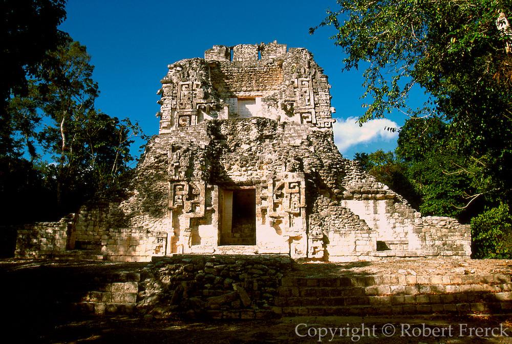 MEXICO, MAYAN, YUCATAN Chicanna; 'Chac' Palace doorway
