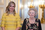 Officieel bezoek Jordanie aan Nederland - Dag 1<br /> <br /> Officiele foto voorafgaand aan het staatsdiner <br /> <br /> Official visit Jordan to the Netherlands - Day 1<br /> <br /> Official photo prior to the state dinner<br /> <br /> Op de foto / On the photo: <br /> <br />  oningin Maxima, prinses Beatrix / Queen Maxima, Princess Beatrix