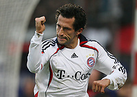 Fotball , 16. desember w2006 , Mainz 05 - Bayern München<br /> 0:1 Jubel Hasan Salihamidzic Bayern<br /> Bundesliga FSV Mainz 05 - FC Bayern Muenchen<br /> <br /> Norway only