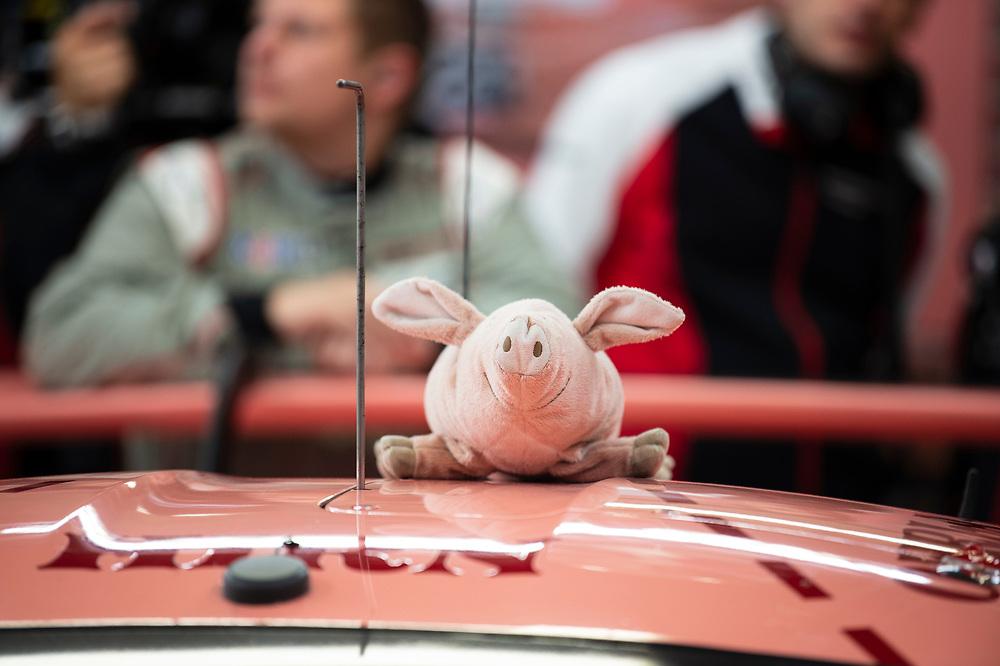 #92 Porsche GT Team Porsche 911 RSR: Michael Christensen, Kevin Estre, Laurens Vanthoor, pink pig mascot<br /> Thursday 14 June 2018<br /> 24 Hours of Le Mans<br /> 2018 24 Hours of Le Mans<br /> Circuit de la Sarthe  FR<br /> World Copyright: Scott R LePage