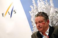 Alpint<br /> 25.10.2013<br /> Sölden Østerrike<br /> Foto: Gepa/Digitalsport<br /> NORWAY ONLY<br /> <br /> FIS Weltcup Auftakt, Rettenbachferner, Vorberichte, FIS Forum Alpinum. Bild zeigt Moderator Nick Fellows.