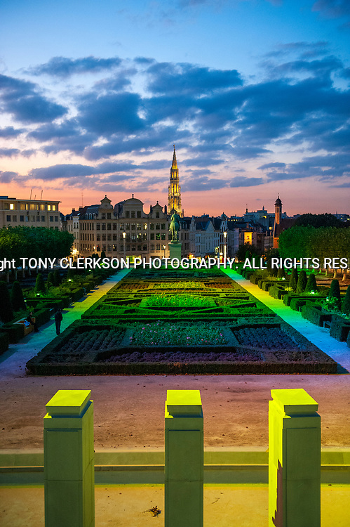 """The Mont des Arts/Kunstberg (meaning """"hill/mount of the arts"""", is an urban complex and historic site in the centre of Brussels. Includes the Royal Library of Belgium, the National Archives of Belgium, the Square – Brussels Meeting Centre, and public gardens."""