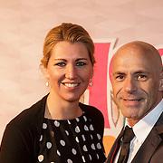 NLD/Amsterdam/20150201 - Premiere Heerlijk duurt het Langst, Arnout Pleket en partner
