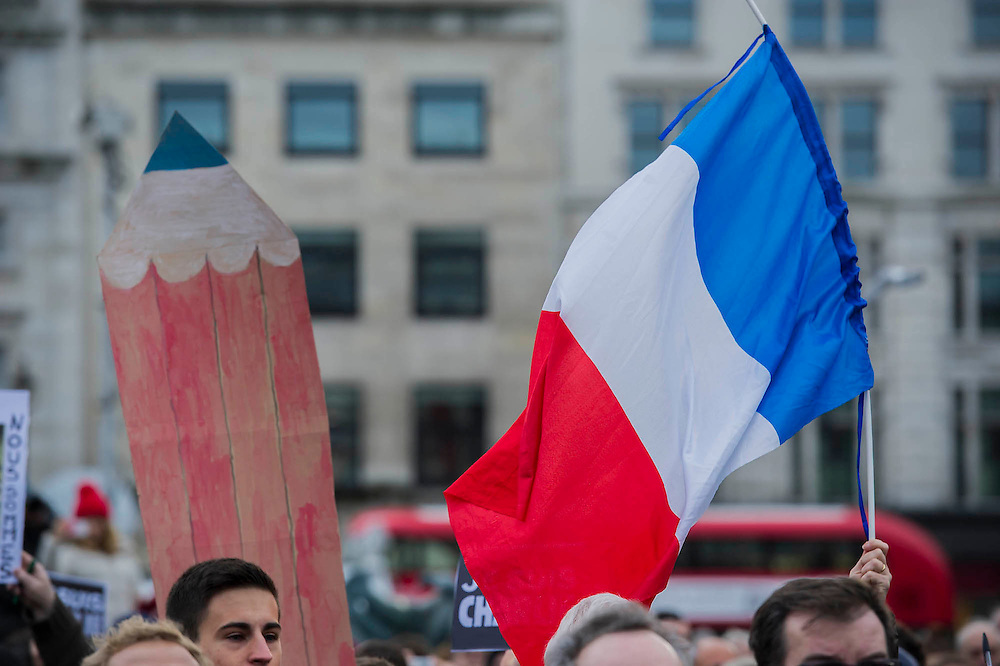 Je suis Charlie/I am Charlie - A largely silent (with the occasional rendition of the Marseilaise)gathering in solidarity with the march in Paris today.  Trafalgar Square, London, UK 11 Jan 2015Guy Bell, 07771 786236, guy@gbphotos.com