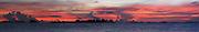 Dulenega   Indígenas guna / amanecer en la comarca de Guna Yala, Panamá.<br /> <br /> Panorámica de 5 fotografías / Panoramic image of 5 photographs<br /> <br /> Edición de 3   Víctor Santamaría.