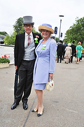 The EARL & COUNTESS OF MARCH at day 2 of the 2011 Royal Ascot Racing festival at Ascot Racecourse, Ascot, Berkshire on 15th June 2011.