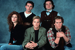 RELEASE DATE: August 10, 1990 <br /> MOVIE TITLE: Flatliners <br /> STUDIO: Columbia Pictures <br /> DIRECTOR: Joel Schumacher <br /> PLOT: Medical students bring themselves near death; their experiment begins to go awry.<br /> PICTURED: KIEFER SUTHERLAND as Nelson, KEVIN BACON as David Labraccio, JULIA ROBERTS as Dr. Rachel, WILLIAM BALDWIN as Dr. Joe Hurley and OLIVER PLATT as Randy Steckle. <br /> (Credit Image: © Columbia Pictures/Entertainment Pictures/ZUMAPRESS.com)