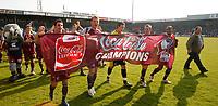 Photo: Steve Bond.<br />Scunthorpe United v Carlisle United. Coca Cola League 1. 05/05/2007. Scunthorpe United do a lap of honour