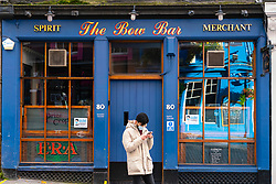 Edinburgh,Scotland, UK. 30 October 2020. With Edinburgh remaining in Tier 3 (Level 3) lockdown bars and restaurants remain severely restricted in business hours with many remaining closed and boarded up.  Pictured; The Bow Bar on Victoria Street remains closed.  Iain Masterton/Alamy Live News
