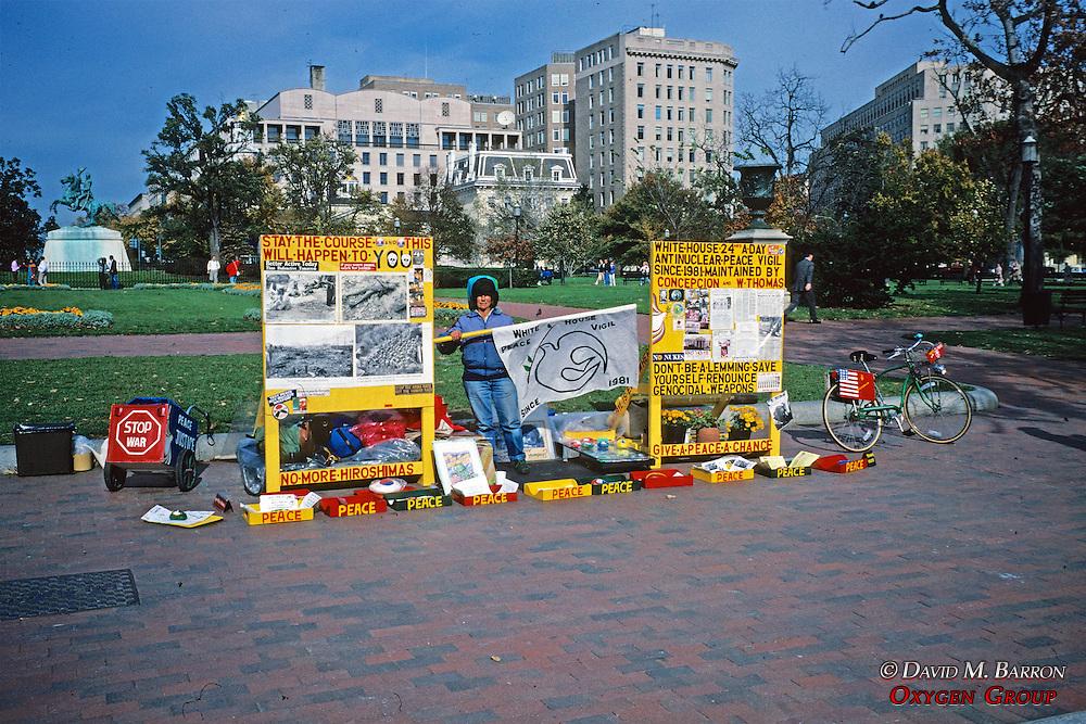 Protesting War