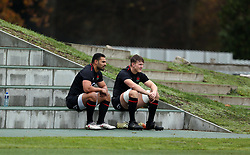England's Ben Te'o and Ted Hill during the training session at Pennyhill Park, Bagshot. PRESS ASSOCIATION Photo. Picture date: Friday November 16, 2018. See PA story RUGBYU England. Photo credit should read: Steven Paston/PA Wire. RESTRICTIONS: Editorial use only, No commercial use without prior permission.