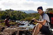 Santana do Riacho_MG, Brasil...Grupo de turistas fotografando proximo ao Rio Cipo na Serra do Cipo.. .A tourists group taking photos next to the Cipo river in the Serra do Cipo...Foto: BRUNO MAGALHAES /  NITRO...