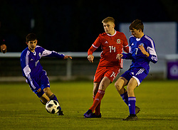 BANGOR, WALES - Tuesday, November 20, 2018: Wales' Ryan Stirk during the UEFA Under-19 Championship 2019 Qualifying Group 4 match between Wales and San Marino at the Nantporth Stadium. (Pic by Paul Greenwood/Propaganda)