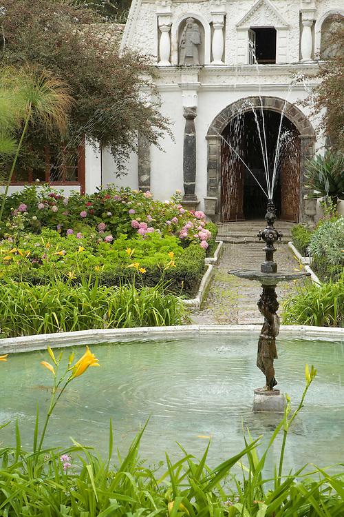 South America, Ecuador, Lasso, garden with fountain, Hacienda La Cienega