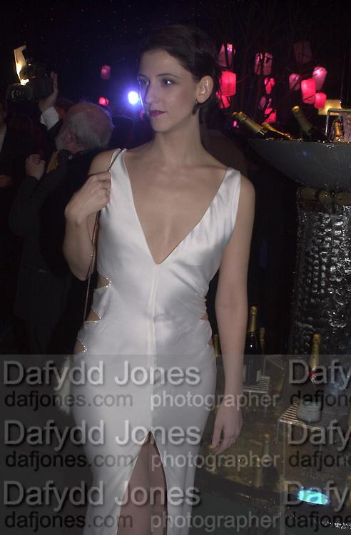 Maria Grachvogel. Moet & Chandon fashion Tribute. Shoreditch High St. London 24 October 2000. © Copyright Photograph by Dafydd Jones 66 Stockwell Park Rd. London SW9 0DA Tel 020 7733 0108 www.dafjones.com