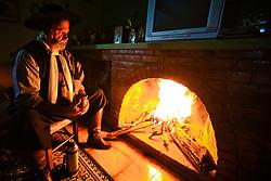 Gaúcho e o Chimarrão. Na foto Francisco Azambuja dos Santos. FOTO: Marcos Nagelstein/Agência Preview
