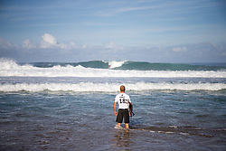December 11, 2017 - Haleiwa, Hawaii, U.S. - Stuart Kennedy of Australia ready for round one heat 3 of the 2017 WSL Billabong Pipe Masters at Pipeline, Oahu, Hawaii, USA..Billabong Pipe Masters 2017. (WSL via ZUMA Wire/ZUMAPRESS.com)
