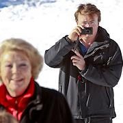 AUD/Lech/20110219 - Fotosessie Nederlandse Koninklijke Familie 2011 op wintersport in Lech