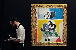 """© Licensed to London News Pictures. 15/06/2017. London, UK. """"Femme accroupie"""", 1954, by Pablo Picasso (estimate GBP6.5-8.5m).  Preview of Impressionist and Modern art sale, which will take place at Sotheby's New Bond Street on 21 June.  Photo credit : Stephen Chung/LNP"""