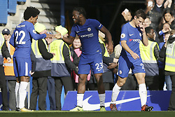 2017?10?21?.      ?????1???——?????????????.        10?21????????Michy Batshuayi??????????????????.        ?????????????????2017-2018?????????????????????????4?2????????.        ???????·?????.?????? .(SP) BRITAIN-LONDON-FOOTBALL-PREMIER LEAGUE-CHELSEA VS WATFORD.(171021) -- LONDON, Oct. 21, 2017  Chelsea's Michy Batshuayi (C) celebrates after scoring a goal with Chelsea's Willian (L) and Chelsea's Cesar Azpilicueta (R) during the English Premier League match between Chelsea and Watford at Stamford Bridge Stadium in London, Britain on Oct. 21, 2017.  Chelsea won 4-2.  FOR EDITORIAL USE ONLY. NOT FOR SALE FOR MARKETING OR ADVERTISING CAMPAIGNS. NO USE WITH UNAUTHORIZED AUDIO, VIDEO, DATA, FIXTURE LISTS, CLUB/LEAGUE LOGOS OR ''LIVE'' SERVICES. ONLINE IN-MATCH USE LIMITED TO 45 IMAGES, NO VIDEO EMULATION. NO USE IN BETTING, GAMES OR SINGLE CLUB/LEAGUE/PLAYER PUBLICATIONS. (Credit Image: © Tim Ireland/Xinhua via ZUMA Wire)