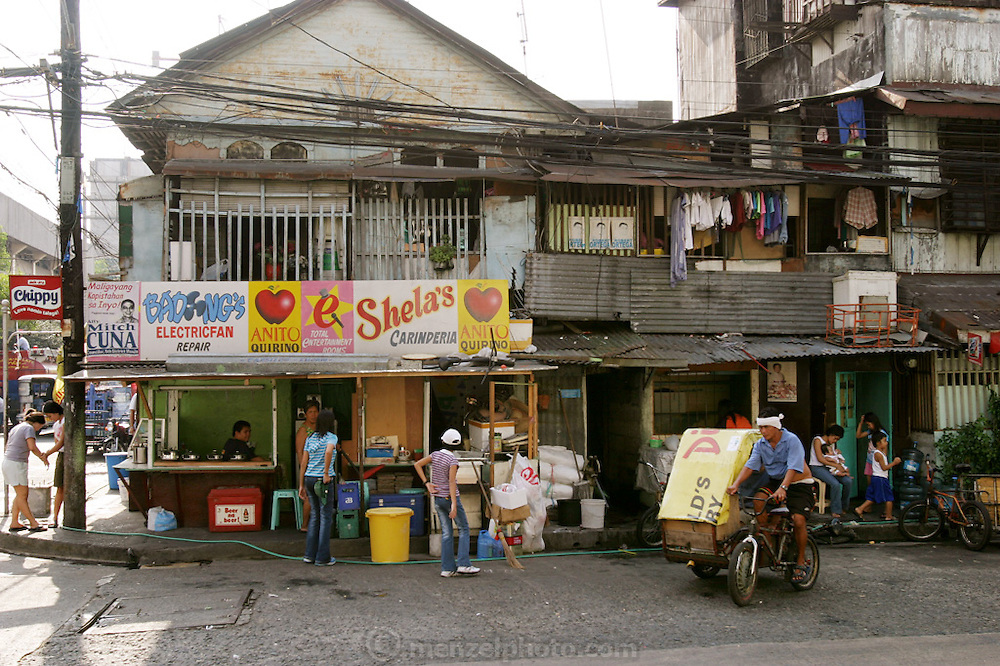 Typical street in Manila, Philippines. (Supporting image from the project Hungry Planet: What the World Eats.)