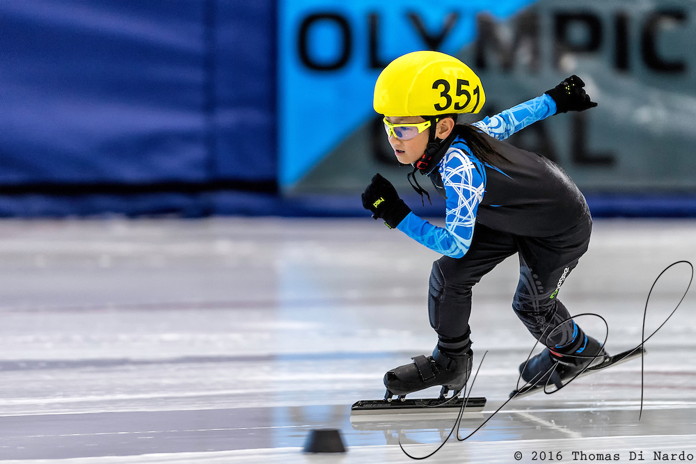 December 17, 2016 - Kearns, UT - Zoe Lai skates during US Speedskating Short Track Junior Nationals and Winter Challenge Short Track Speed Skating competition at the Utah Olympic Oval.