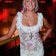 NLD/Hilversum/20110228 - Voorjaarspresentatie Net5, Samantha de Jong, Barbie