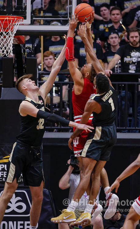 WEST LAFAYETTE, IN - JANUARY 19: Romeo Langford #0 of the Indiana Hoosiers shoots the ball against Matt Haarms #32 of the Purdue Boilermakers during the second half of the game at Mackey Arena on January 19, 2019 in West Lafayette, Indiana. (Photo by Michael Hickey/Getty Images) *** Local Caption *** Romeo Langford; Matt Haarms