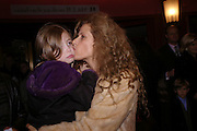 Suzanne Wyman, Mary Poppins Gala charity night  in aid of Over the Wall. Prince Edward Theatre. 14 December 2004. ONE TIME USE ONLY - DO NOT ARCHIVE  © Copyright Photograph by Dafydd Jones 66 Stockwell Park Rd. London SW9 0DA Tel 020 7733 0108 www.dafjones.com