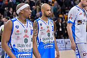 DESCRIZIONE : Beko Legabasket Serie A 2015- 2016 Dinamo Banco di Sardegna Sassari - Sidigas Scandone Avellino<br /> GIOCATORE : David Logan<br /> CATEGORIA : Ritratto Delusione Postgame<br /> SQUADRA : Dinamo Banco di Sardegna Sassari<br /> EVENTO : Beko Legabasket Serie A 2015-2016<br /> GARA : Dinamo Banco di Sardegna Sassari - Sidigas Scandone Avellino<br /> DATA : 28/02/2016<br /> SPORT : Pallacanestro <br /> AUTORE : Agenzia Ciamillo-Castoria/L.Canu