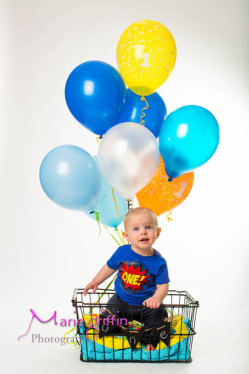 Henry Runia one year photo session on Jan. 24, 2016.<br /> Photography by: Marie Griffin Dennis/Marie Griffin Photography<br /> mariegriffinphotography.com<br /> mariefgriffin@gmail.com