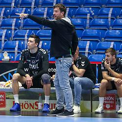 Handball, 31. Spieltag: MT Melsungen vs Die Eulen Ludwigshafen am 27.05.2021 in der Rothenbach-Halle in Kassel<br /> <br /> <br /> Trainer Ben Matschke (Ludwigshafen) gestikuliert  beim Spiel in der Handball Bundesliga, MT Melsungen - Die Eulen Ludwigshafen.<br /> <br /> Foto © PIX-Sportfotos *** Foto ist honorarpflichtig! *** Auf Anfrage in hoeherer Qualitaet/Aufloesung. Belegexemplar erbeten. Veroeffentlichung ausschliesslich fuer journalistisch-publizistische Zwecke. For editorial use only.