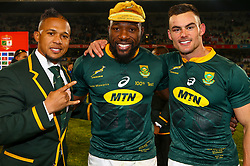 Elton Jantjies of South Africa with Tendai Mtawarira of South Africa on his 100th cap and Jesse Kriel of South Africa - Mandatory by-line: Steve Haag/JMP - 16/06/2018 - RUGBY - Toyota Stadium - Bloemfontein, South Africa - South Africa v England Second Test, South Africa Tour